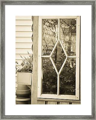 A Potting Shed Framed Print by Maria Suhr