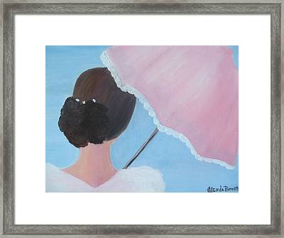 A Southern Stroll Framed Print by Glenda Barrett