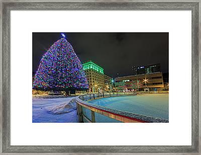 A Syracuse Christmas Framed Print by Everet Regal