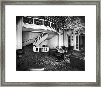 A View Of The Lounge Room At The New Home Of The National Democr Framed Print by Underwood Archives