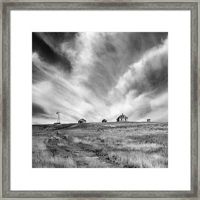 Abandoned Ranch Buildings Framed Print by Donald  Erickson