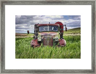Abandoned Work Truck - Gmc  - Palouse Framed Print by Nikolyn McDonald