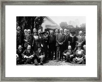 Albert Einstein And Us President Harding Framed Print by Library Of Congress