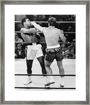 Ali-quarry Fight Framed Print by Underwood Archives