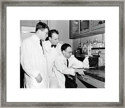 American Biomedical Researchers Framed Print by National Library Of Medicine