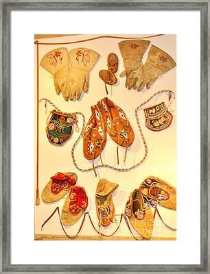 American Indian Artwork Framed Print by Marilyn Diaz