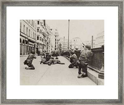 American Soldiers In Combat Positions Framed Print by Everett