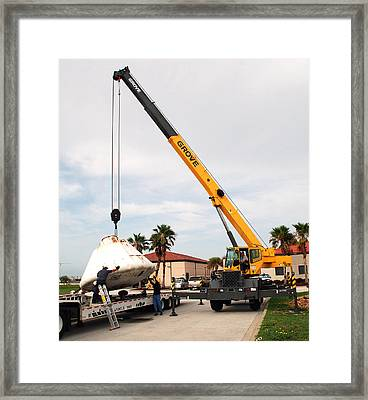 Apollo Capsule Going In For Repairs Framed Print by Science Source