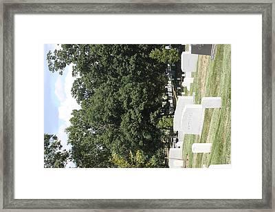Arlington National Cemetery - 121237 Framed Print by DC Photographer