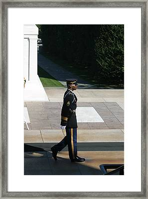 Arlington National Cemetery - Tomb Of The Unknown Soldier - 12129 Framed Print by DC Photographer