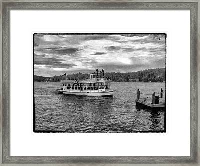 Arrowhead Queen Paddlewheel Boat Framed Print by Glenn McCarthy Art and Photography