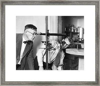 Astronomers Measure Star Heat Framed Print by Underwood Archives