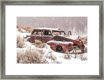 Auto In Snowstorm Framed Print by Sue Smith