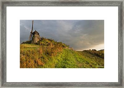 Autumn At The Erholm Mill Framed Print by Robert Lacy