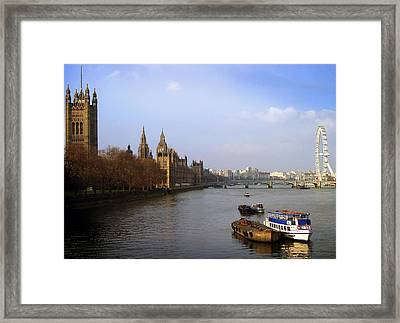 Autumn On The Thames    Framed Print by Stephen Norris