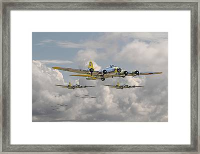 B17 486th Bomb Group Framed Print by Pat Speirs