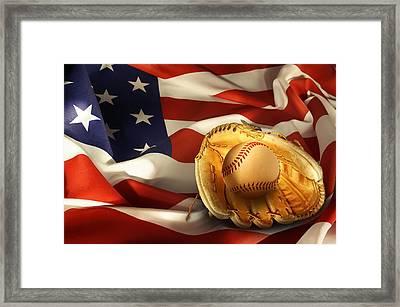 Baseball Framed Print by Les Cunliffe