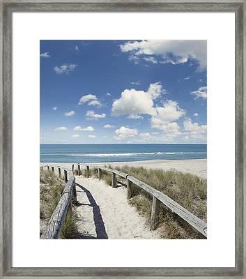 Beach Walk Framed Print by Les Cunliffe