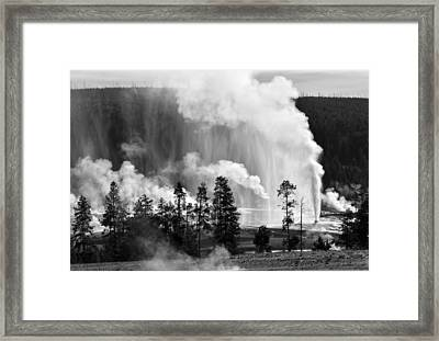 Beehive Geyser Shower In Black And White Framed Print by Bruce Gourley