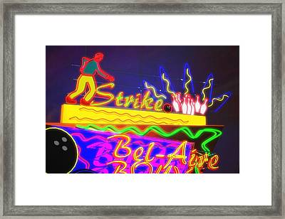 Bel-aire Bowl Framed Print by Larry  Page