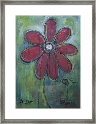 Big Love Daisey Framed Print by Laurie Maves ART
