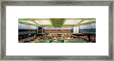 Board Of Trade Chicago Il Usa Framed Print by Panoramic Images
