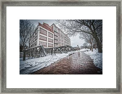 Bridgewater Place Framed Print by Everet Regal