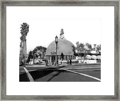 Brown Derby Restaurant Framed Print by Underwood Archives