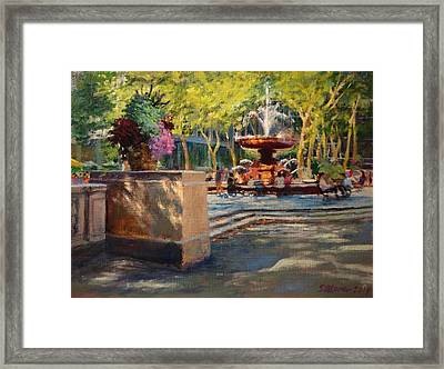 Bryant Park - Afternoon At The Fountain Terrace Framed Print by Peter Salwen
