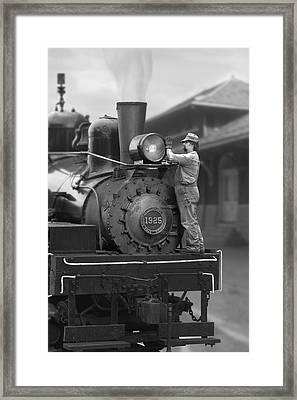Bulb Change Framed Print by Mike McGlothlen