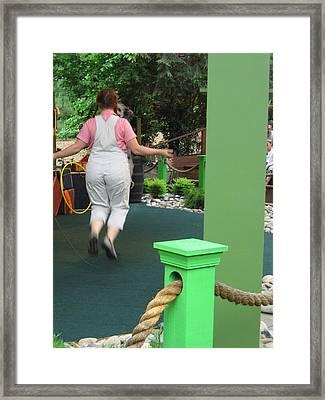 Busch Gardens - Animal Show - 121234 Framed Print by DC Photographer