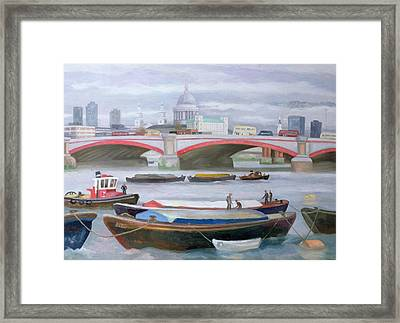 Busy Scene At Blackfriars Framed Print by Terry Scales