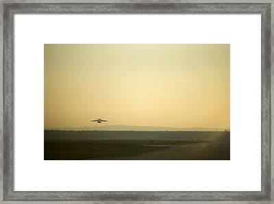 C17 Special Delivery Framed Print by Senior Airman Damon Kasberg