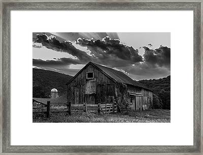 Casey's Barn-black And White  Framed Print by Thomas Schoeller