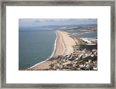 Chesil Beach Framed Print by Ian Murray
