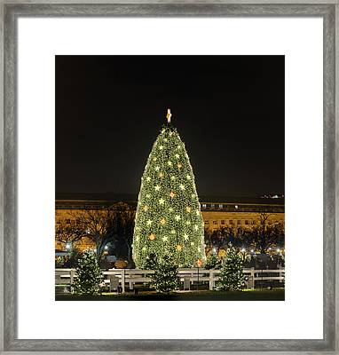 Christmas At The Ellipse - Washington Dc - 01139 Framed Print by DC Photographer