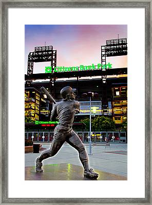 Citizens Bank Park - Mike Schmidt Statue Framed Print by Bill Cannon