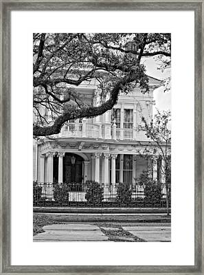 Class Act Monochrome Framed Print by Steve Harrington