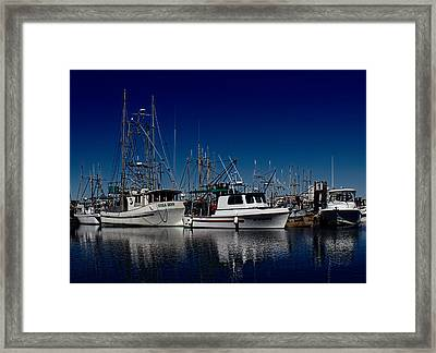 Clear Skies Framed Print by Randy Hall