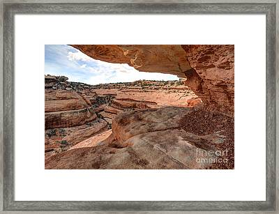 Cliff Overhang In Southwest Sandstone Canyon - Utah Framed Print by Gary Whitton