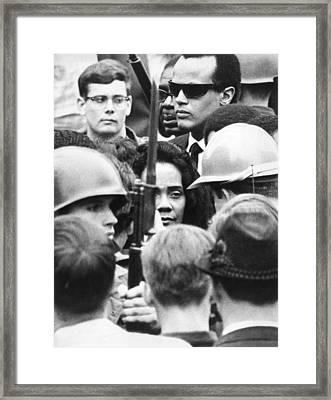 Coretta King & Harry Belafonte Framed Print by Underwood Archives
