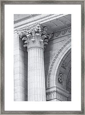Corinthian Column Detail Bw Framed Print by Susan Candelario