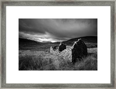 Crofters Cottage Ruin Framed Print by Dave Bowman