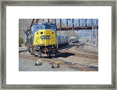 Csx 8733 Framed Print by Mike Martin