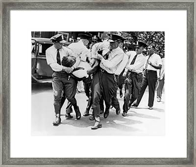 Dc Police Evict Wwi Vet Framed Print by Underwood Archives