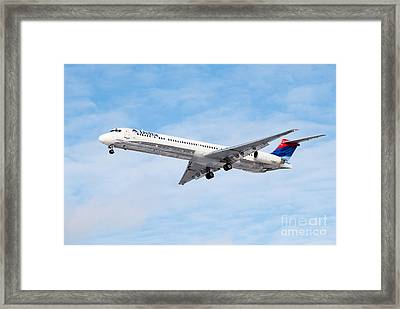 Delta Air Lines Mcdonnell Douglas Md-88 Airplane Landing Framed Print by Paul Velgos