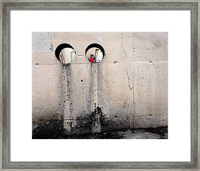 Depth Perception Framed Print by Lin Haring