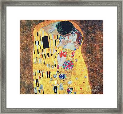 Der Kuss Framed Print by Pg Reproductions