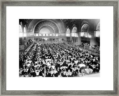 Dinner For Two Thousand At Union Station In Washington Framed Print by Underwood & Underwood