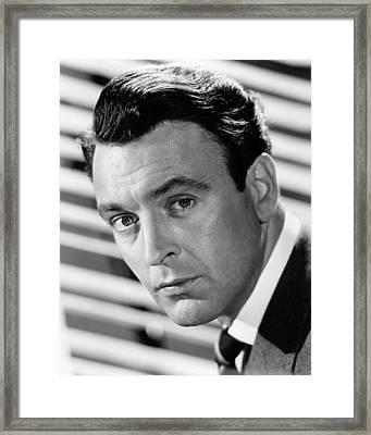 Donald Sinden Framed Print by Silver Screen